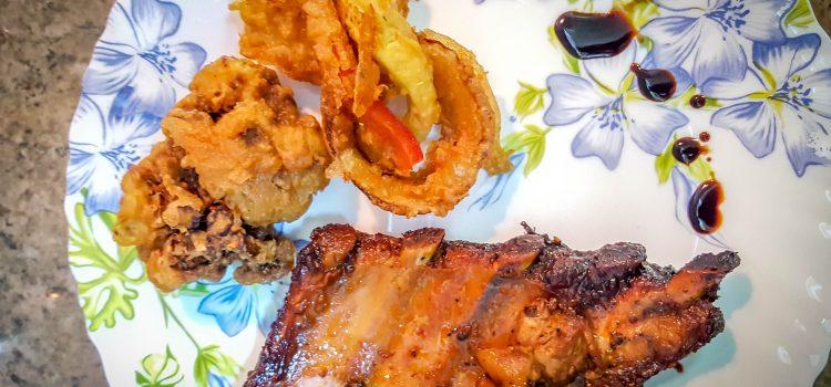 Coaste de porc Kentucky cu legume tempura